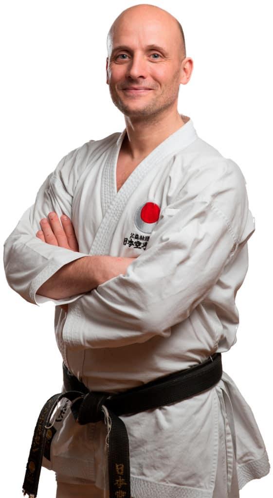 Fredrik Pettersen 6.da Hovedinstruktør i Bjørgvin-Karateklubb, Fyllingsdalen Bergen.