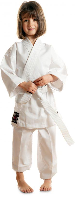 Alle nybegynnere i alderen 6 til 12 år får gratis karatedrakt hos Bjørgvin karateklubb i Bergen